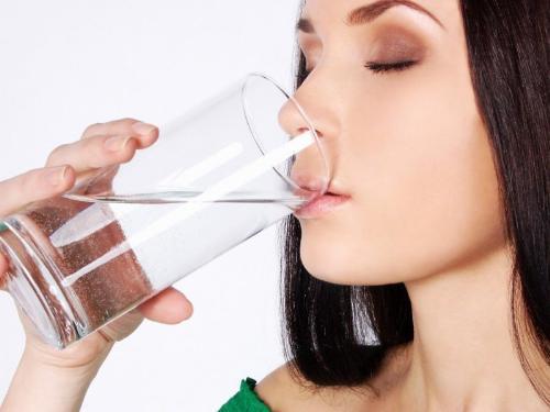 Làm đẹp từ việc uống nước mỗi ngày