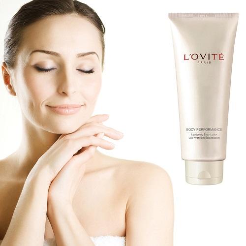 Sữa tắm tẩy tế bào chết sáng da Lovite Lightening Body Scrub